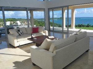Antigua-Livingroom-300