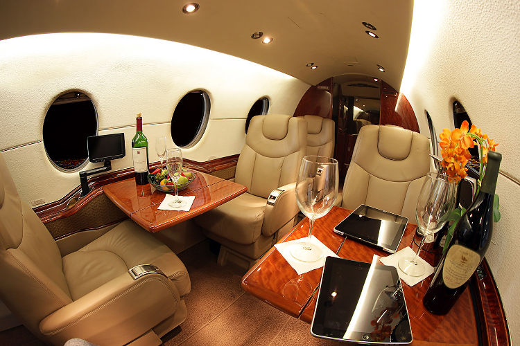 Hawker 400XP interior