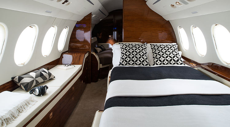 The costs to own and operate a falcon 7x for Interieur falcon 2000